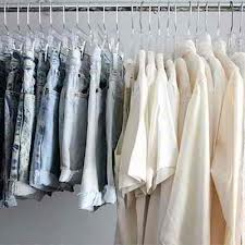 How to Start a Clothing Store-2