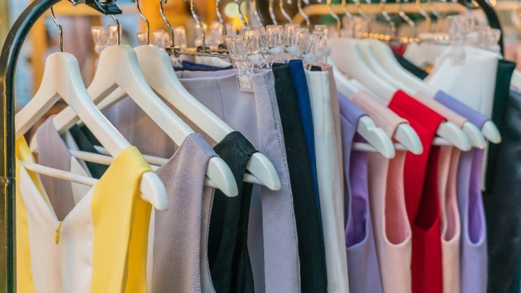 How To Pick A Niche Apparel Product For Your Brand